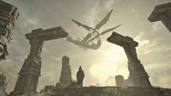 O colosso que paira sobre o deserto não quer guerra com ninguém.